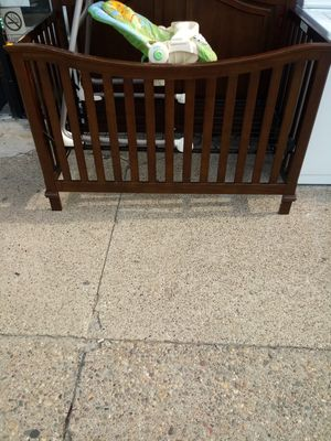 Baby crib used in good condition for Sale in Philadelphia, PA