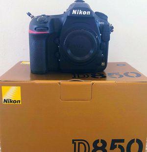 Nikon D D850 45.7MP Digital SLR Camera - Black for Sale in Columbus, OH