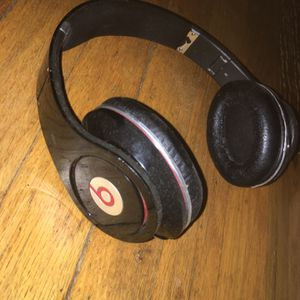 Beats Studio Headphones 2012 Edition for Sale in Burkeville, VA