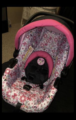 Minnie stiller and car seat for Sale in Georgetown, TX
