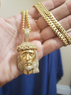 14K custom made Jesus piece & 6mm Cuban link chain for Sale in New Britain, CT