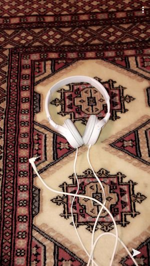 Sony headphones white for Sale in GOODLETTSVLLE, TN