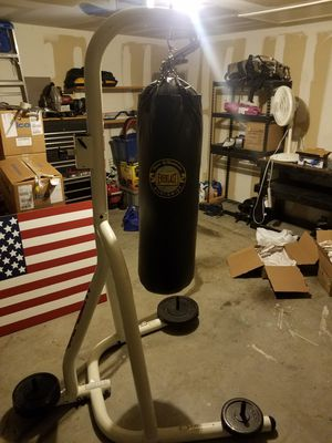 Punching bag and stand for Sale in Saginaw, TX