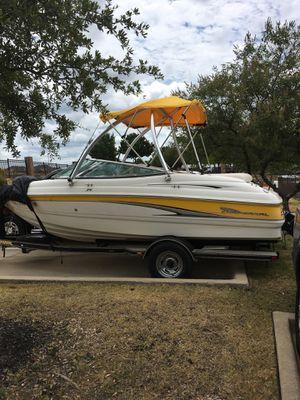 2002 Chaparral 18' ski boat for Sale in Watauga, TX