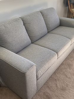 Couch/Sofa Like New for Sale in Castro Valley,  CA
