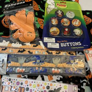 55 pc. Halloween Decor Set with Free Fabric for Sale in Cedar Hill, TX