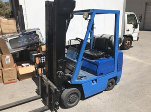 Nissan Forklift with side shift !! Good and running for Sale in Hialeah, FL