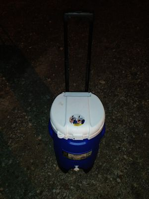 Cooler for Sale in Springfield, OH