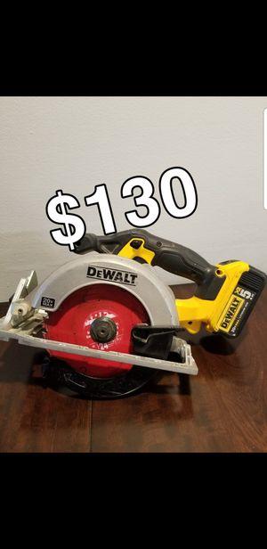 Dewalt saw 20v \ w battery 5.0 for Sale in Aurora, IL
