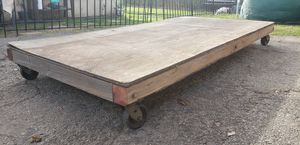 Truck Bed Camper stand for Sale in Lakewood, CA