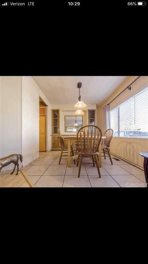 Dining room table & chairs for Sale in Palo Cedro, CA