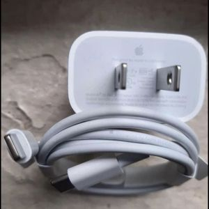 Apple 📱 18W USB‑C for Sale in Columbia, SC