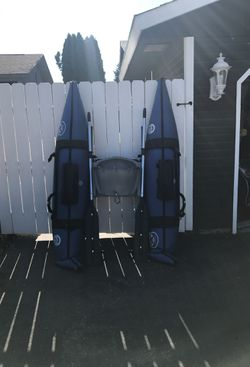 Pontoon boat!!!! Free delivery for Sale in Orondo,  WA