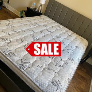 KING SET 💥 CALIFORNIA KING SET 💥 MATTRESS AND BOX SPRING FOR ONLY 330 🎋 WE DELIVER ✅ for Sale in Whittier, CA