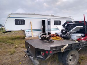 MOVEMOS TRAILA RVS MESSAGE ME THANK YOU for Sale in McAllen, TX