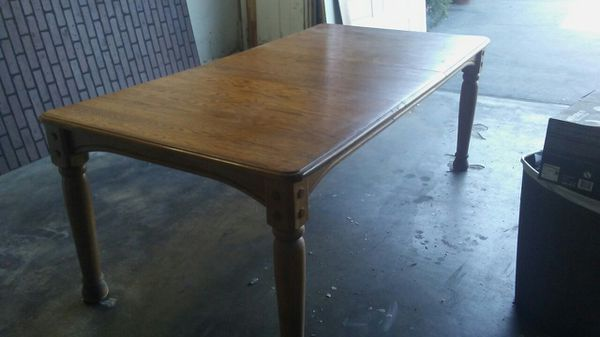 Free! Dining room table! Free!