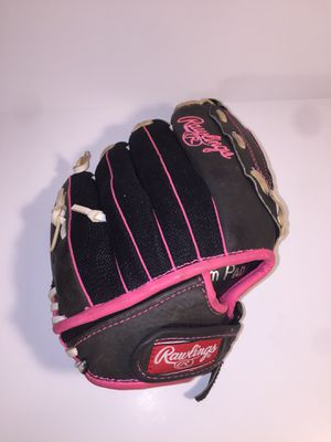Rawlings storm youth girls fast pitch softball glove left hand palm pad for Sale in San Antonio, TX