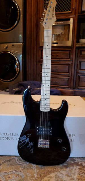 Frankie Valli and the 4 seasons signed guitar for Sale in Chandler, AZ