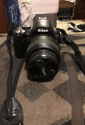 Nikon D60 for Sale in Cleveland, OH