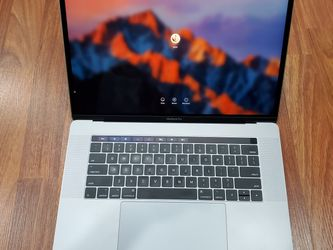 LIKE NEW Apple Macbook Pro 3.1 Ghz, 1TB, 16GB RAM for Sale in Lynnwood,  WA