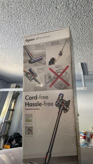 Dyson v7 for Sale in Alta Loma, CA