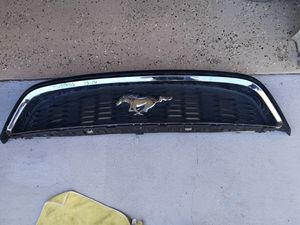 Ford mustang 2013 2014 grille for Sale in Lawndale, CA