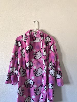 Hello kitty robe size 10/12 for Sale in Las Vegas, NV