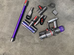 Dyson v10 animal vacuums REFURBISHED for Sale in Orland Park, IL