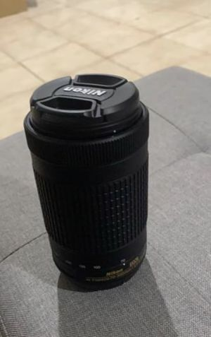 Nikon - AF-P DX NIKKOR 70-300mm f/4.5-6.3G ED Telephoto Zoom Lens for Sale in Shirley, NY