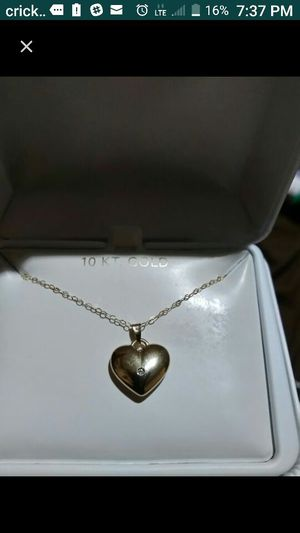 10k real gold heart chain for Sale in Phoenix, AZ