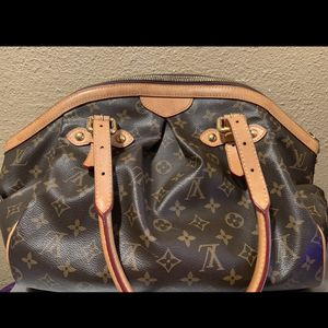 AUTHENTIC LOUIS VUITTON MONOGRAM TIVOLI PURSE HANDBAG SHOULDER BAG TOTE GM $1100 OR BEST OFFER NO TRADES for Sale in Fountain Valley, CA