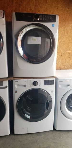 SET ELECTROLUX/LG for Sale in Long Beach, CA