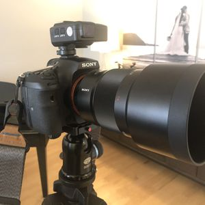 Sony Carl Zeiss Sonnar 135mm F1.8 ZA T* Telephoto Lens for Sale in Orland Park, IL
