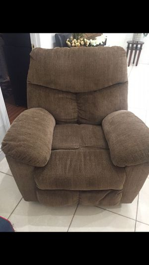 Recliner sofa for Sale in Bell, CA