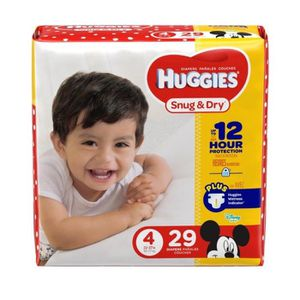 Huggies snug and dry diaper size 4 and 5 for Sale in Fort Washington, MD