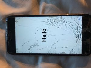 Unlocked iPhone 6s 32 gig has broken screen but works perfectly fine for Sale in Troutdale, OR