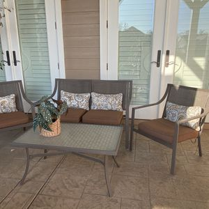 Four Piece Patio Set for Sale in Rancho Cucamonga, CA