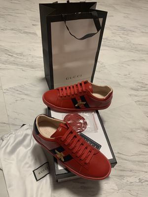 Gucci sneakers shoes just arrived size 7/8/8.5/9/9.5/10/10.5/11 in hand for Sale in Orlando, FL
