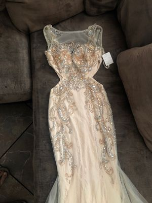 Prom dress small NEW for Sale in Anaheim, CA