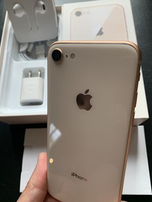 IPhone 8 rose gold 64gb for att or cricket for Sale in Rosemead, CA