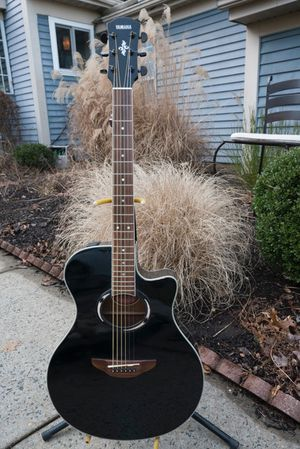Yamaha APX 500 Acoustic Electric Guitar. New tuning pegs and strings. for Sale in Monroe Township, NJ
