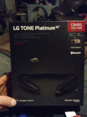 LG TONE PLATINUM RETRACTABLE EARBUDS for Sale in Arnold, MO