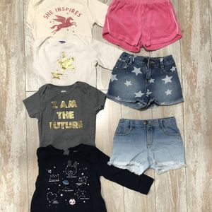 Baby girl clothes bundle for Sale in Miami, FL