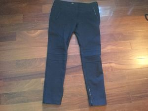 Burberry London skinny pants size 14 for Sale in Brooklyn, NY