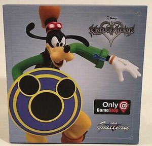 Disney Kingdom Hearts Gallery Gamestop Exclusive Goofy Statue for Sale in Pasadena, TX