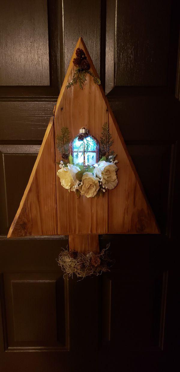 Cedar Christmas tree with led ornament