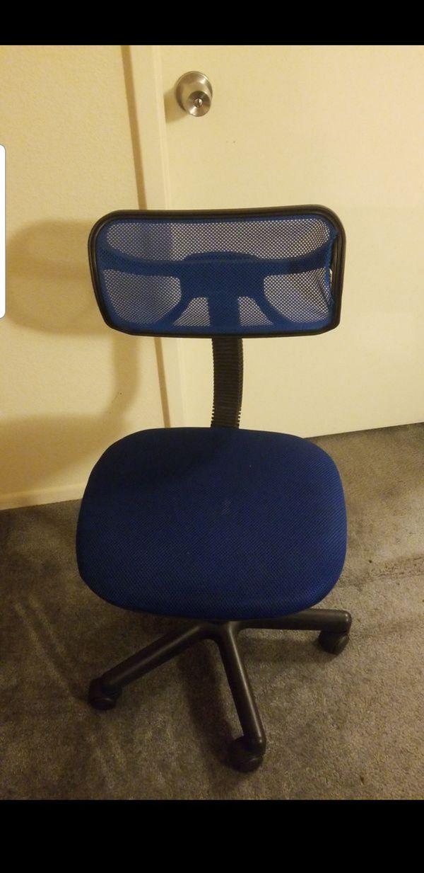Blues desk chair