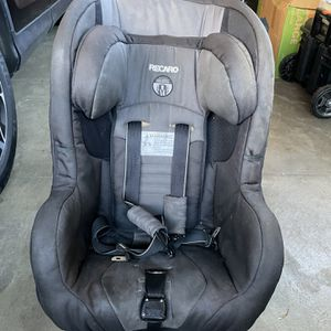 Car Seat Recaronfor Young kids for Sale in San Francisco, CA