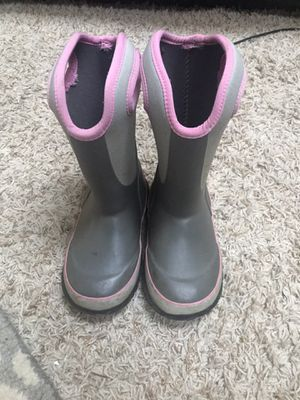 Bogs kids size 11 rain/snow boot for Sale in University Place, WA