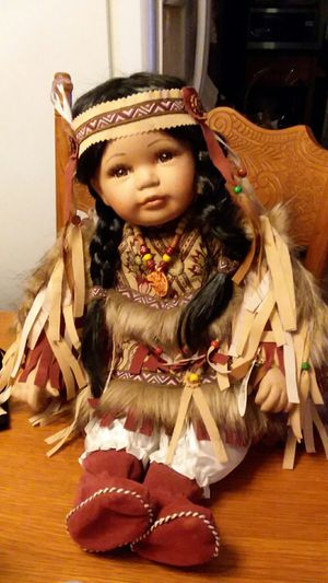 Porcelain native American doll. for Sale in San Angelo, TX